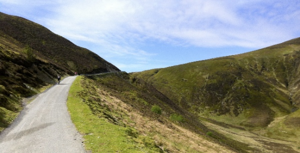 Climbing high to the head of Cwm Hirnant
