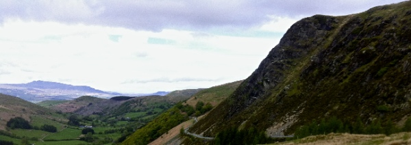 Descent from Bwlch y Groes