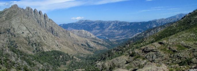 Climbing to the Bocca di Foggiale